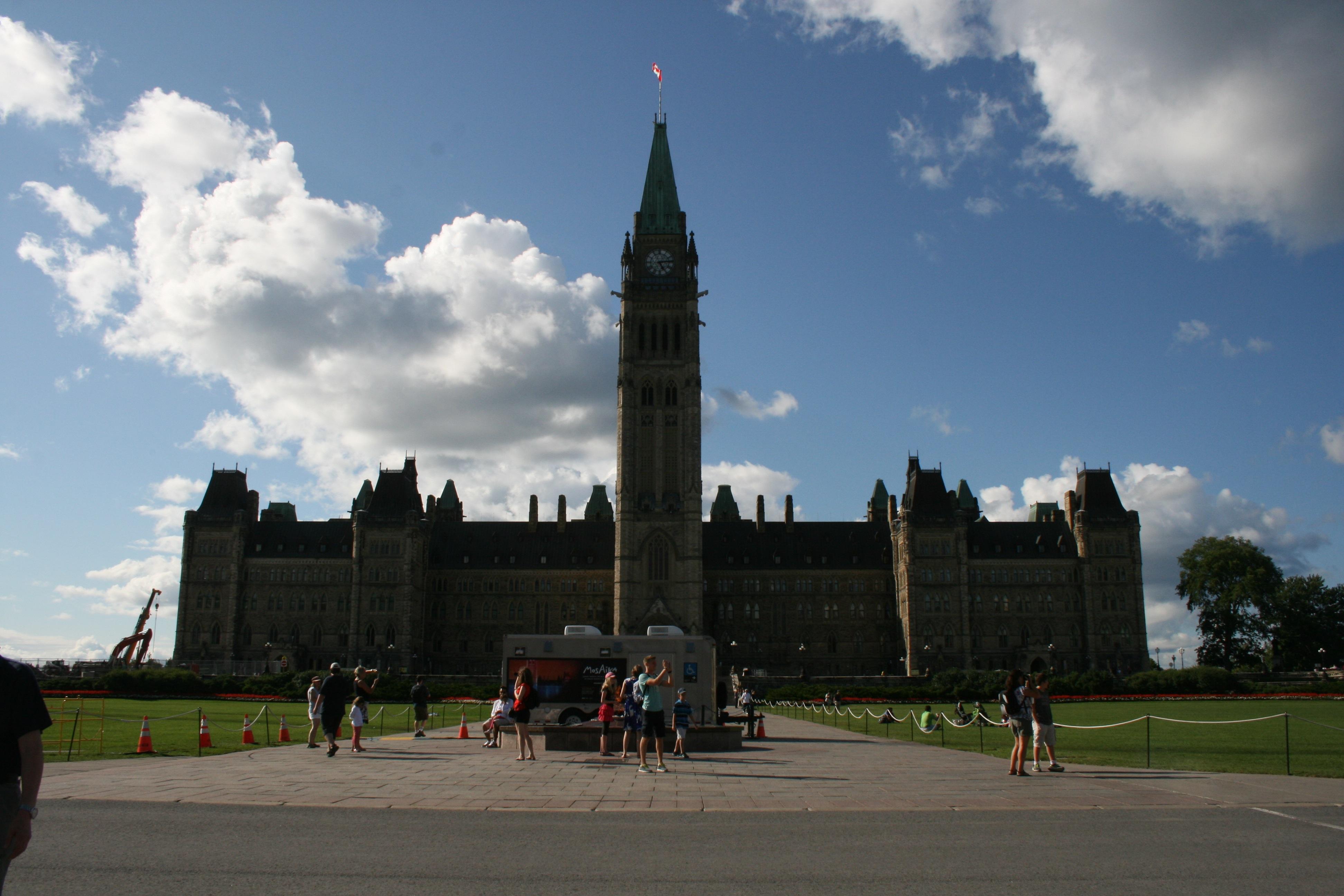 Explore Ottawa