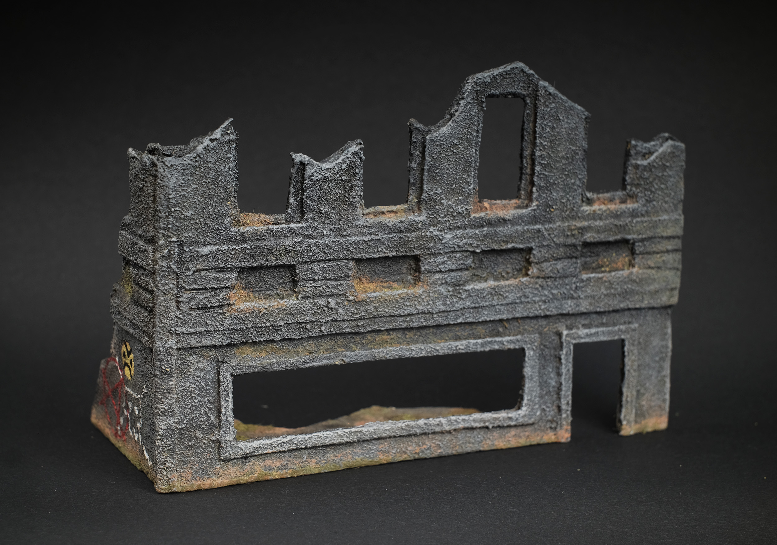 Wargaming Terrain: Ruined Building Template #1 by Miscast